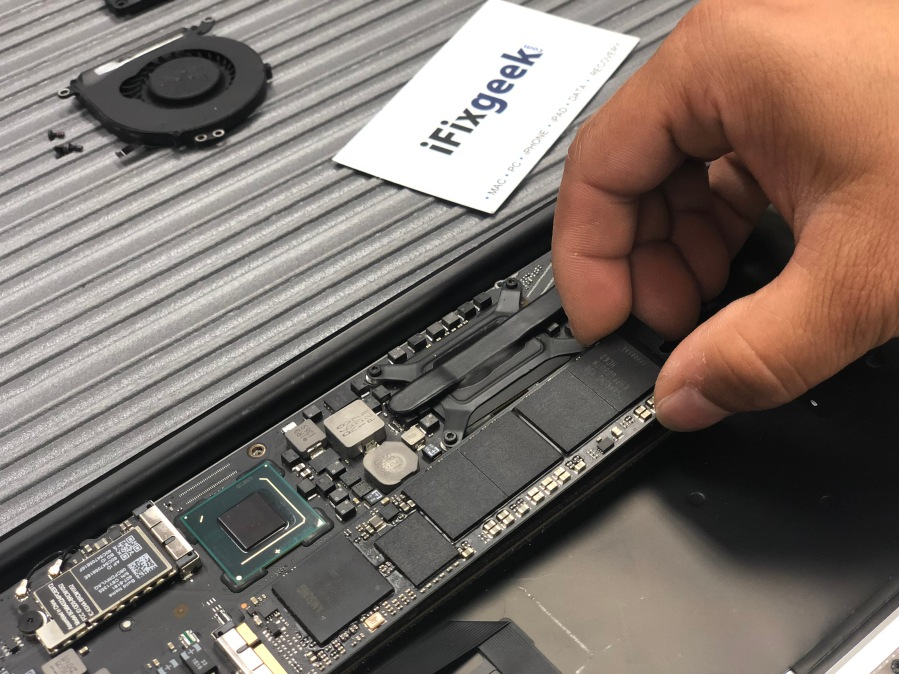 macbook air ssd install