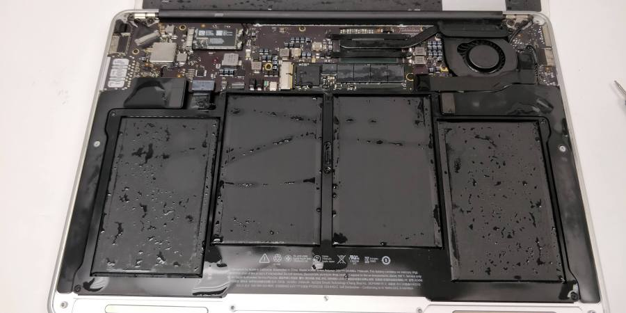 liquid damage macbook air