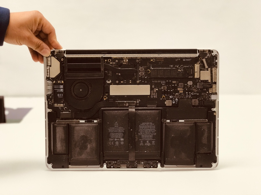 Swollen Battery Replacement MacBook Pro in Richardson.jpg